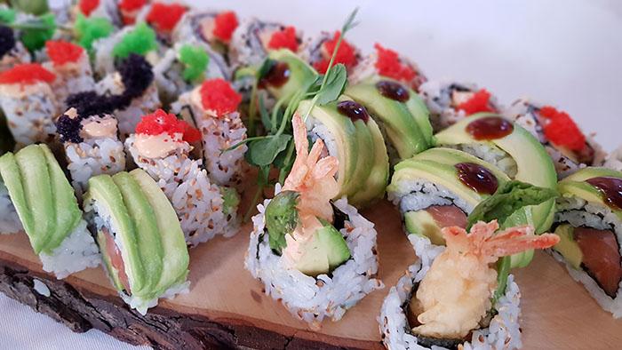Blandad sushi från vår cateringmeny.